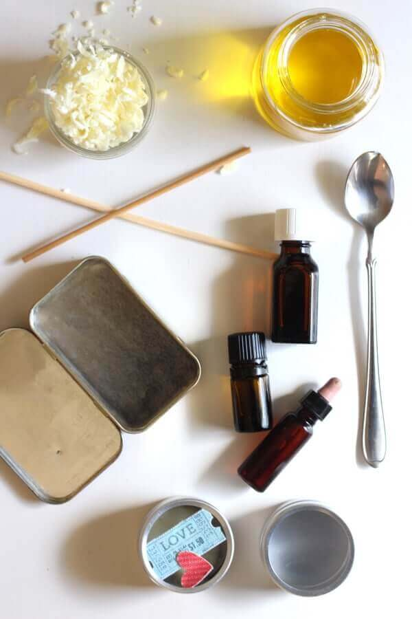 how-to-make-solid-perfume-4