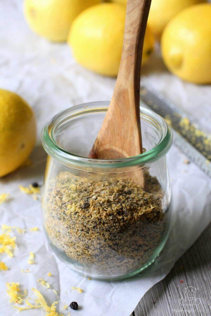 homemade lemon pepper seasoning