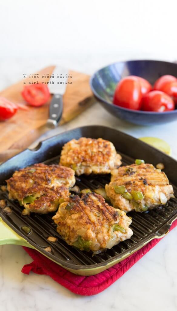 Paleo Chicken Fajita Burgers - Spiced chicken, onions and bell peppers with your choice of toppings on a grain-free bun - yum!