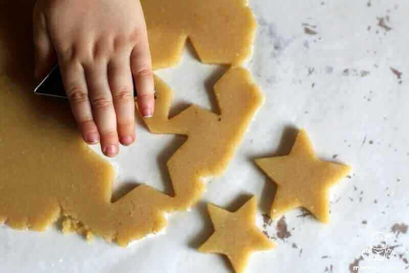 gluten-free-sugar-cookie-recipe-cutout