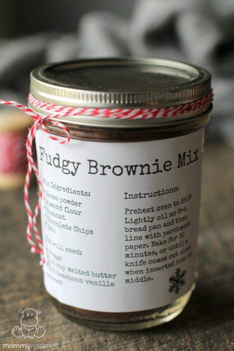 Mason Jar Brownie Mix Gift Idea ( Paleo and Gluten-Free) - Super quick and easy!