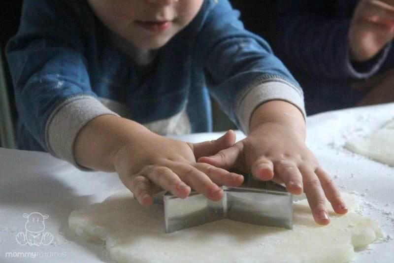 gluten-free-salt-dough-ornament-recipe-step-4
