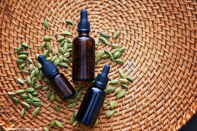 Safe Essential Oil Use During Pregnancy and Breastfeeding