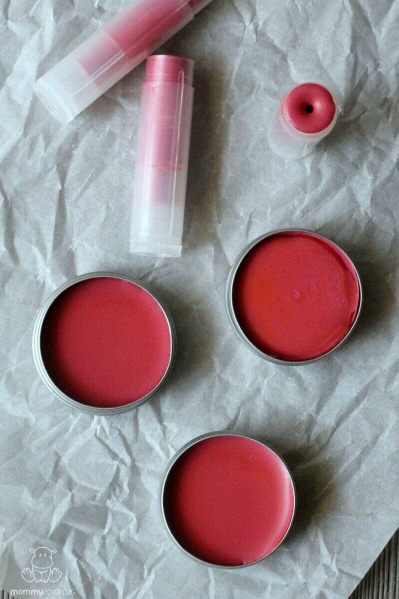 This blush-colored tinted lip balm recipe moisturizes and protects, but is light enough to be worn year-round. It's super easy to make, too! AND you can use your leftovers to make powdered blush in under 5 minutes.