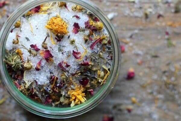 How To Make Relaxation In A Jar (Bath Salts Recipe)