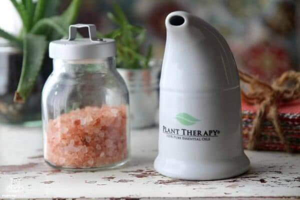 5 Himalayan Salt Inhaler Benefits (And How To Use One)